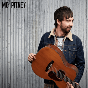 """New music video from Mo Pitney – """"Mattress On The Floor"""""""
