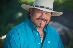 Buddy Jewell to release Bluebonnet Highway album