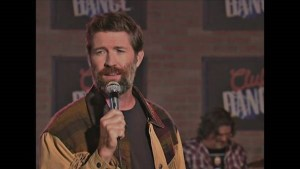 "Josh Turner releases new music video- ""I Can Tell By The Way You Dance"""