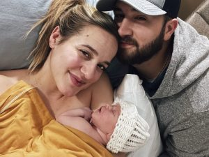 Country Singer/Songwriter Mary Sarah and Boyfriend Mitch Clark Announce The Birth Of Avalyn Mae