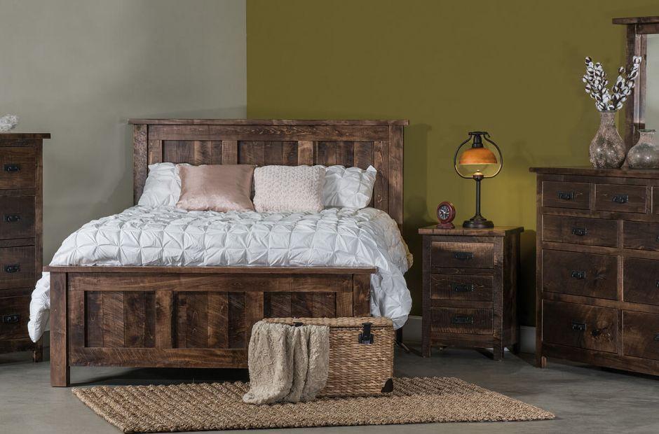 elsmere rustic sawn bedroom set