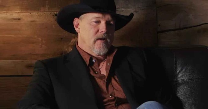 "Trace Adkins' 1996 Hit ""Every Light in the House"" 1"
