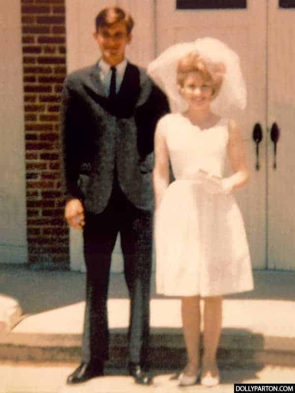 Carl Thomas Dean and Dolly Parton Wedding Photo
