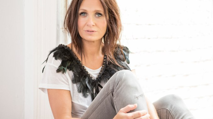 100 Greatest Women, #56. Kasey Chambers – Country Universe