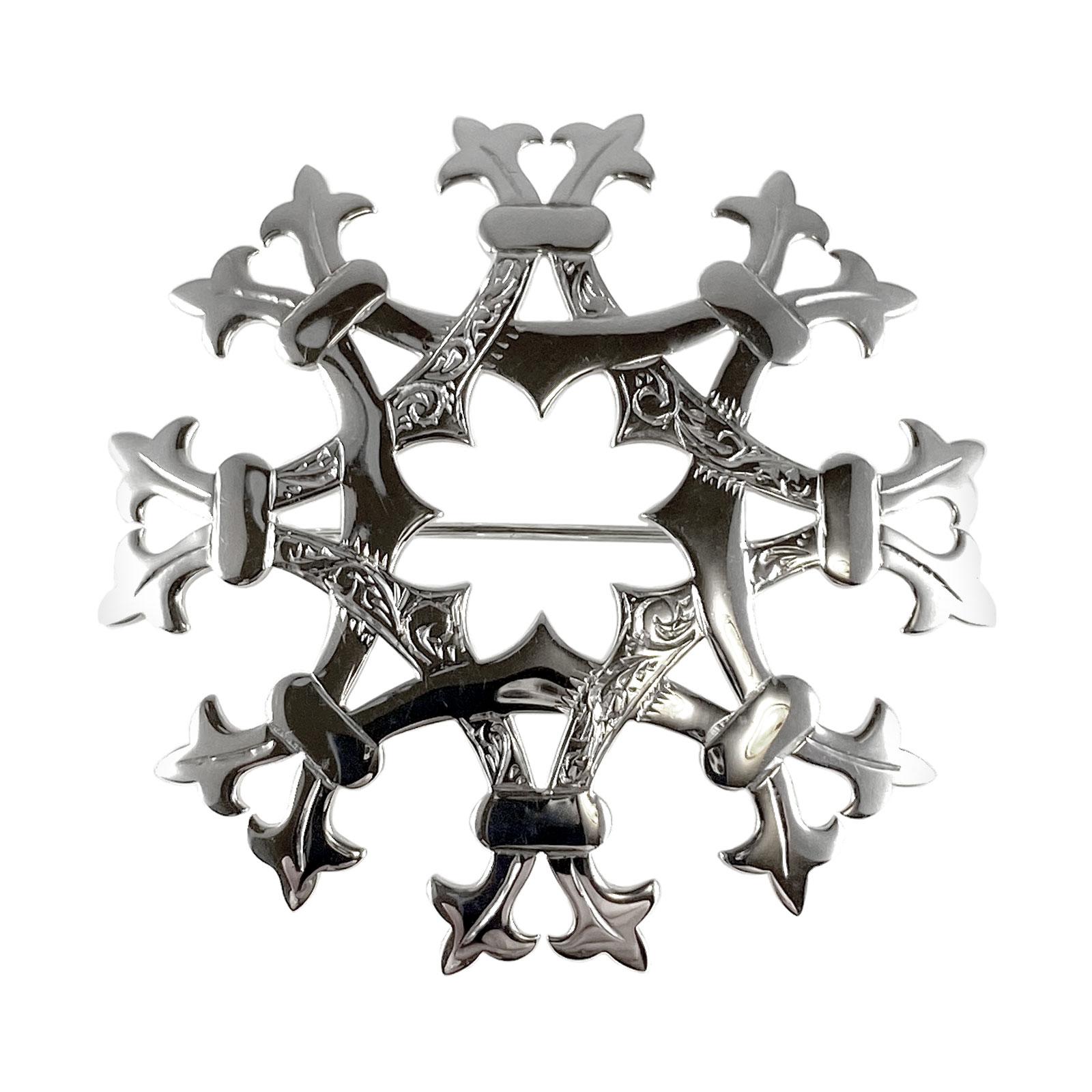 The Iona Kilt Pin