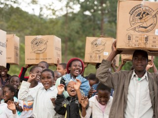 Using special tracking technology, participants can discover where in the world their gifts will be delivered to children in need. Boxes can be registered at samaritanspurse.org. (photo: Malawi)
