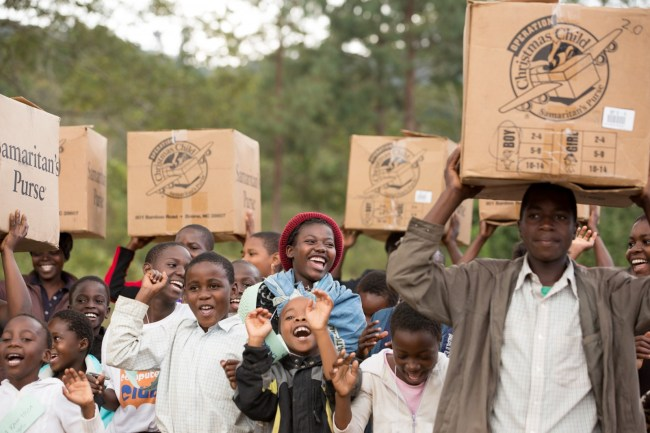 Using special tracking technology, participants can discover where in the world their gifts will be delivered to children in need. Boxes can be registered at samaritanspurse.org. (photo: Malawi) - U.S. Volunteers Exceed Goal of Collecting Christmas Gifts for 12 Million Children