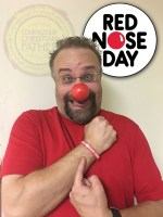 Steve of Courageous Christian Father wearing his red nose and ready for Red Nose Day #RedNoseDay #GoNosetoNose