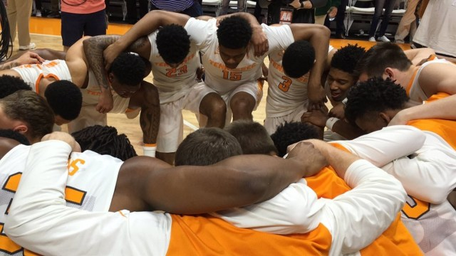 Faith Boost Vols Basketball Team - In 2015, the Men's Basketball Team for the University of Tennessee got a new coach, Rick Barnes, and wanted to do two things.