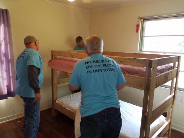 No Kid Sleeps on the Floor Ministry - There are many children that sleep on floors or something else other than a bed not only through out Tennessee but everywhere. That is where Sleep in Heavenly Peace helps.