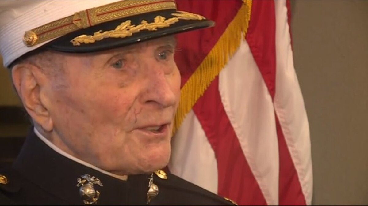 Valentine's Wanted: 104-year-old retired Marine