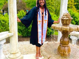 First ever recipient of Zaevion Dobson scholarship graduates from UT (University of Tennessee). That person is Uriah Richey, a pre-law student. #ZaevionDobson #UriahRichey