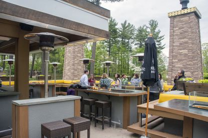 outdoor dining in connecticut