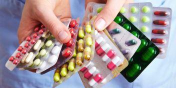 quoi mettre dans sa trousse à pharmacie