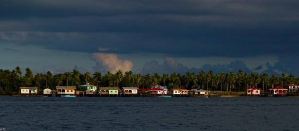 Village piloti Borneo, Malaisie