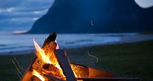 feu paysage et montagne