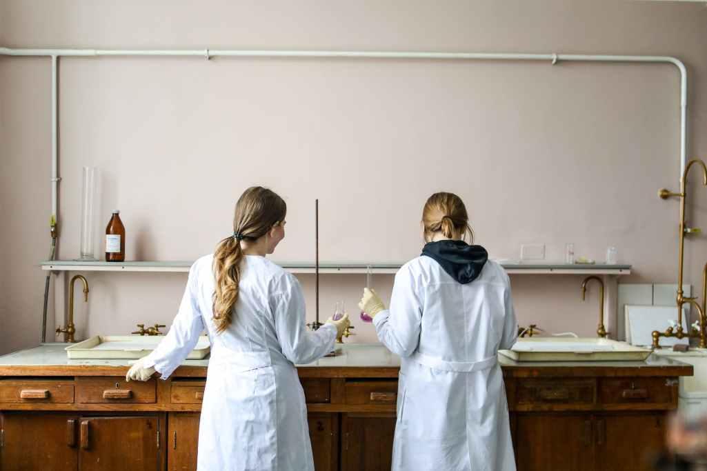 labo physique chimie nantes