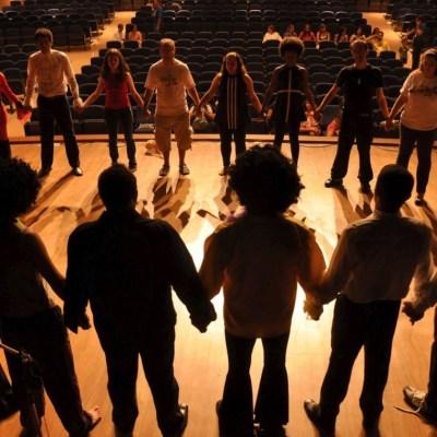 Cours et ateliers de théâtre en entreprise