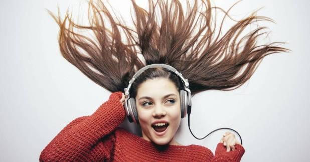 تطبيق Genius للحصول علي كلمات الأغاني أثناء الإستماع إليها بسهولة