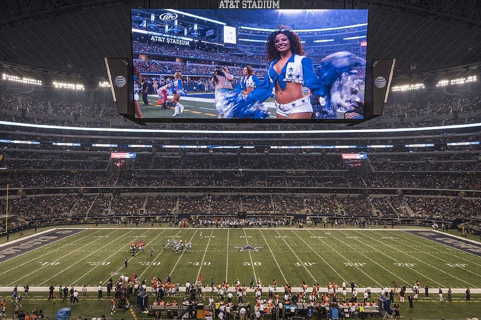 Cowboys RB McFadden files second lawsuit