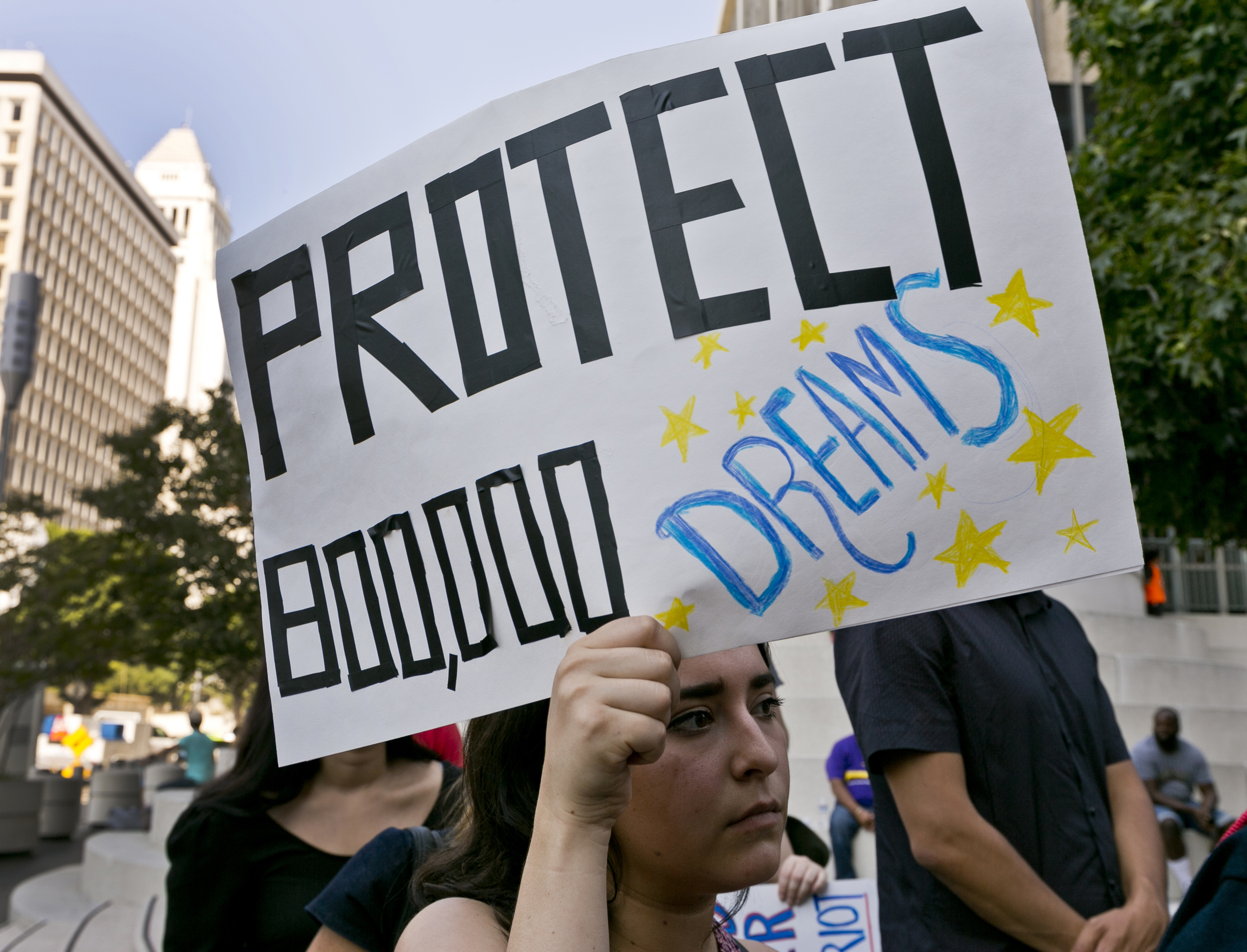 United States  again accepting DACA renewal requests after judge bucks Trump