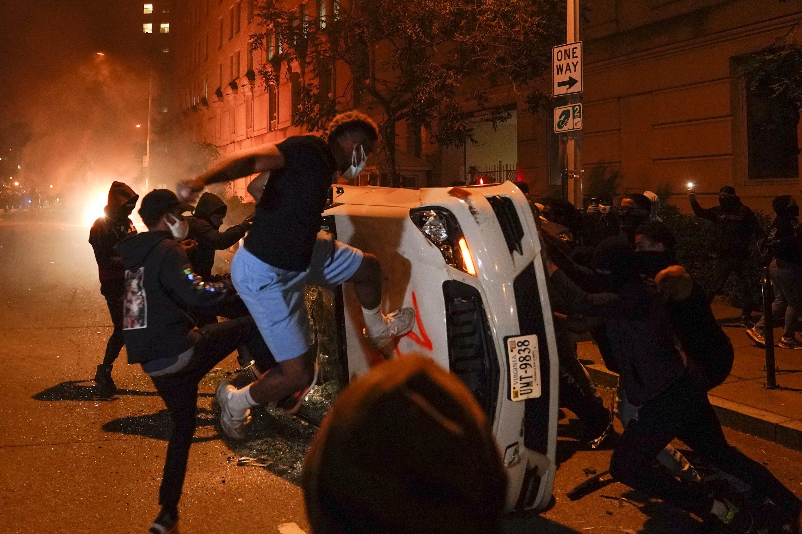Weekend of Violent Protests Sweeps United States