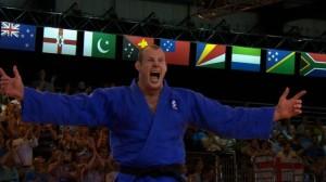 Chris Sherrington celebrates his gold medal at Glasgow 2014