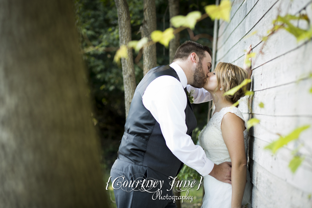 private residence rustic le sueur wedding minneapolis wedding photographer