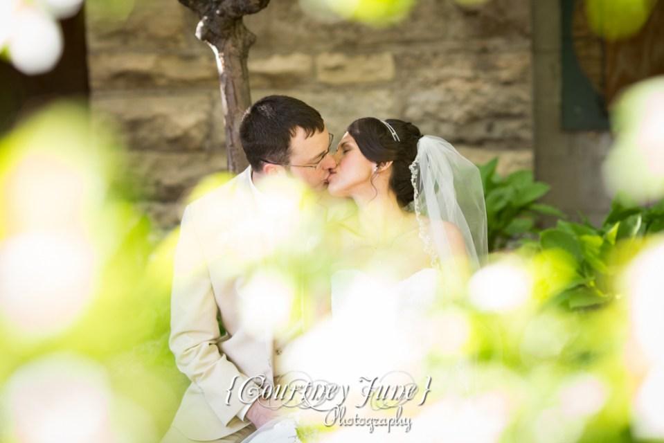 lowell-inn-jx-event-venue-stillwater-wedding-photographer-minneapolis-wedding-photographer-01