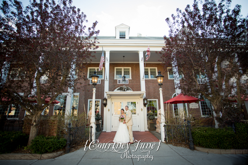 lowell inn stillwater wedding photographer minneapolis wedding photographer