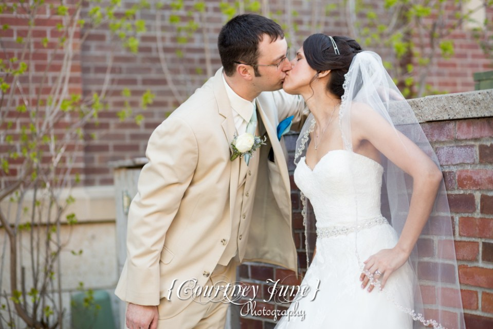 lowell-inn-stillwater-wedding-photographer-minneapolis-wedding-photographer-04
