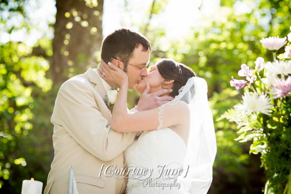 lowell-inn-stillwater-wedding-photographer-minneapolis-wedding-photographer-13