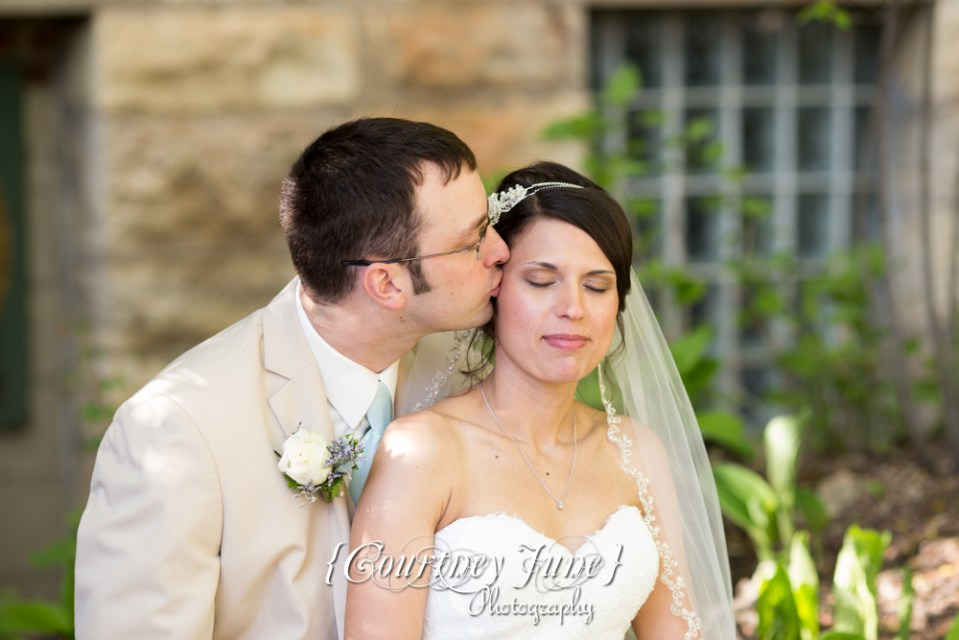 lowell-inn-stillwater-wedding-photographer-minneapolis-wedding-photographer-32