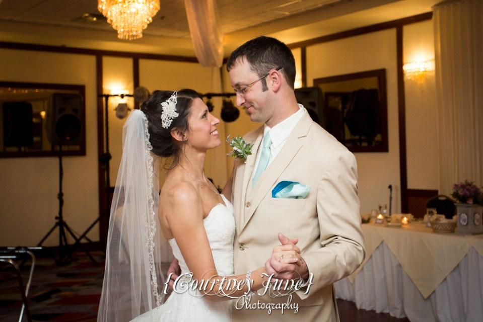 lowell-inn-stillwater-wedding-photographer-minneapolis-wedding-photographer-47