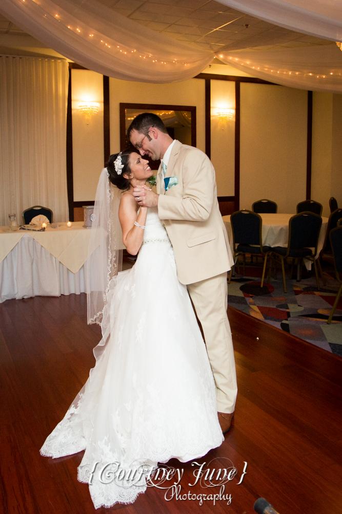 lowell-inn-stillwater-wedding-photographer-minneapolis-wedding-photographer-48