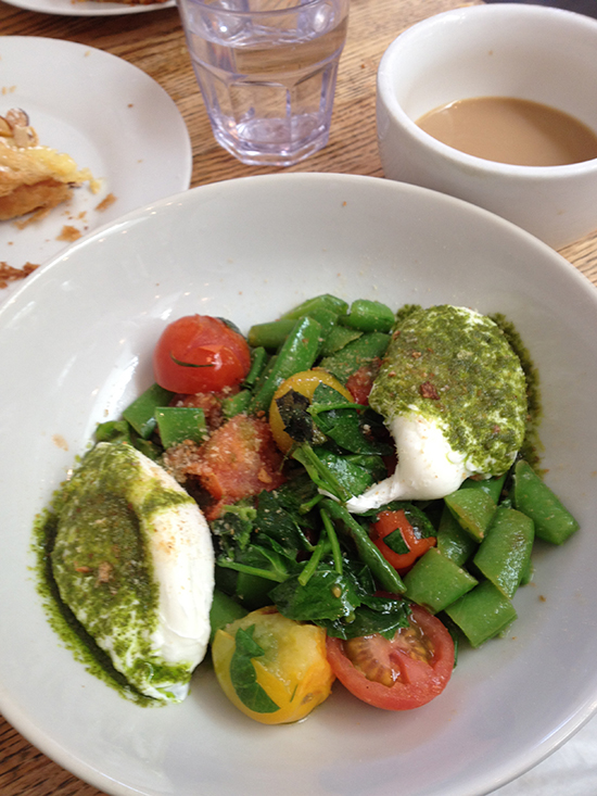 poached eggs on fresh vegetables