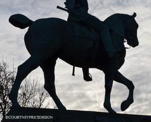 horses in advertising