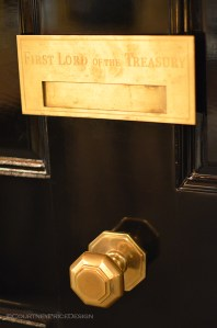 Detail Mens Room