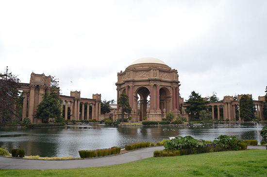 Palace Of Fine Arts, San Francisco Travel Guide on www.CourtneyPrice.com  http://wp.me/p2e5e8-3Or