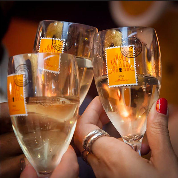 Veuve champagne, cheers,  on www.CourtneyPrice.com