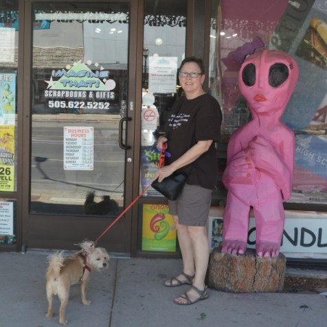 Connie Rusty and a pink alien