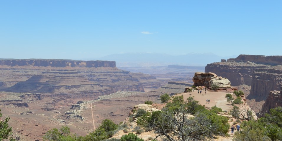Canyonlands N.P. - Shafer Canyon overlook - look at the ants