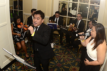 Reception guests enjoyed Filipino entertainment