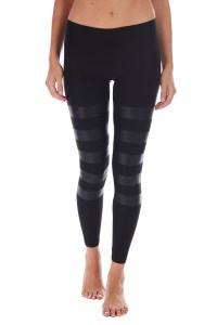 ankle-leggings-roundlap-black-lamina-on-black-front