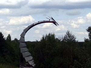 Hoheward: Drachenbrücke