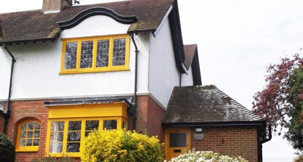 3\4 Bedroom Semi Detached Cottage, Bepton