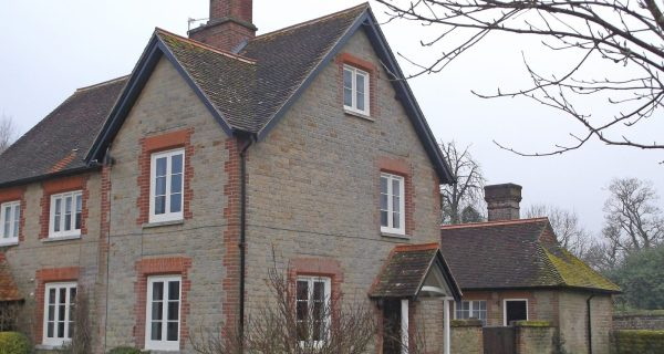 Semi Detached Cottage - Residential property to rent on the Cowdray Estate, Midhurst, West Sussex