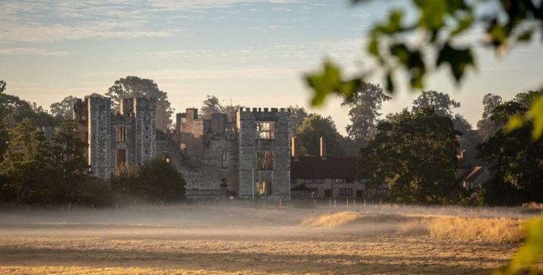 Whistle Stop tour of Cowdray Ruins