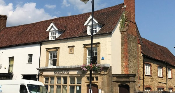 Former Barclays Bank to Let - Commercial property to rent on the Cowdray Estate, Midhurst, West Sussex