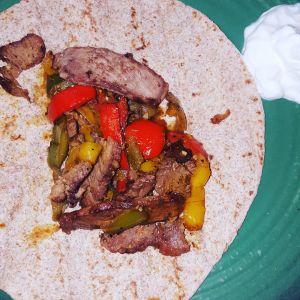 beef fajitas are a perfect breastfeeding food